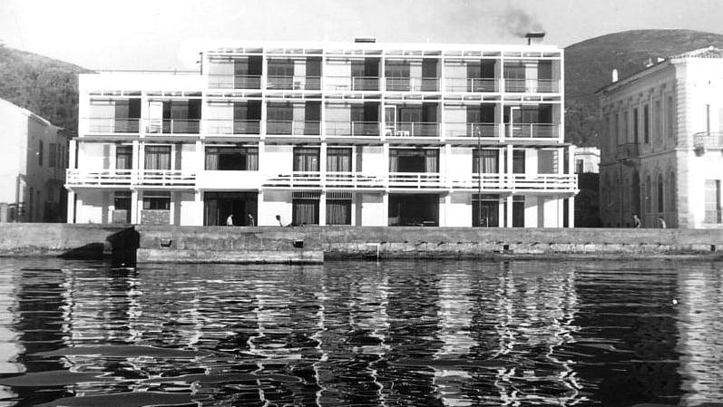 Το εγκαταλειμμένο κτίριο του ξενοδοχείου «Ξενία» στη Σάμο αξιοποιείται μέσω ΕΣΠΑ