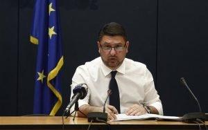 Ν. Χαρδαλιάς: Παρατείνεται για άλλες τρεις εβδομάδες ο περιορισμός των μετακινήσεων