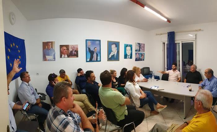 Έκτακτο συμβούλιο της ΝΟ.Δ.Ε. ΝΔ Σάμου παρουσία του βουλευτή Χριστόδουλου Στεφανάδη
