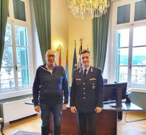 Συνάντηση Γιώργου Στάντζου με νέο Αστυνομικό Διευθυντή Σάμου