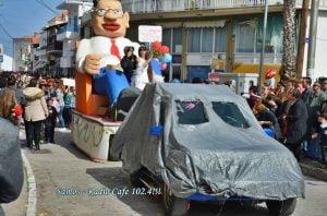 Αναβάλλονται οι καρναβαλικές εκδηλώσεις στο Καρλόβασι