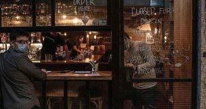 Κορονοϊός - Νέα μέτρα: Αναβάλλεται η ΔΕΘ - Δείτε πού θα κλείνουν τα μπαρ στις 12 το βράδυ