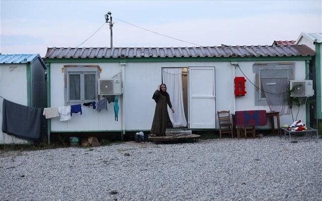 Η Αυστρία στέλνει στην Ελλάδα 181 ειδικά κοντέινερ για υγειονομική απομόνωση και φροντίδα μεταναστών και προσφύγων. 40 στη Σάμο