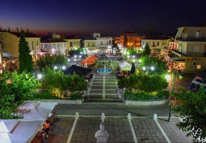 Πεζοδρομείται ο δρόμος περιμετρικά της πλατείας Βαλασκατζή στο Καρλόβασι, μεταξύ των ωρών 18:00 μ.μ. - 06:00 π.μ.