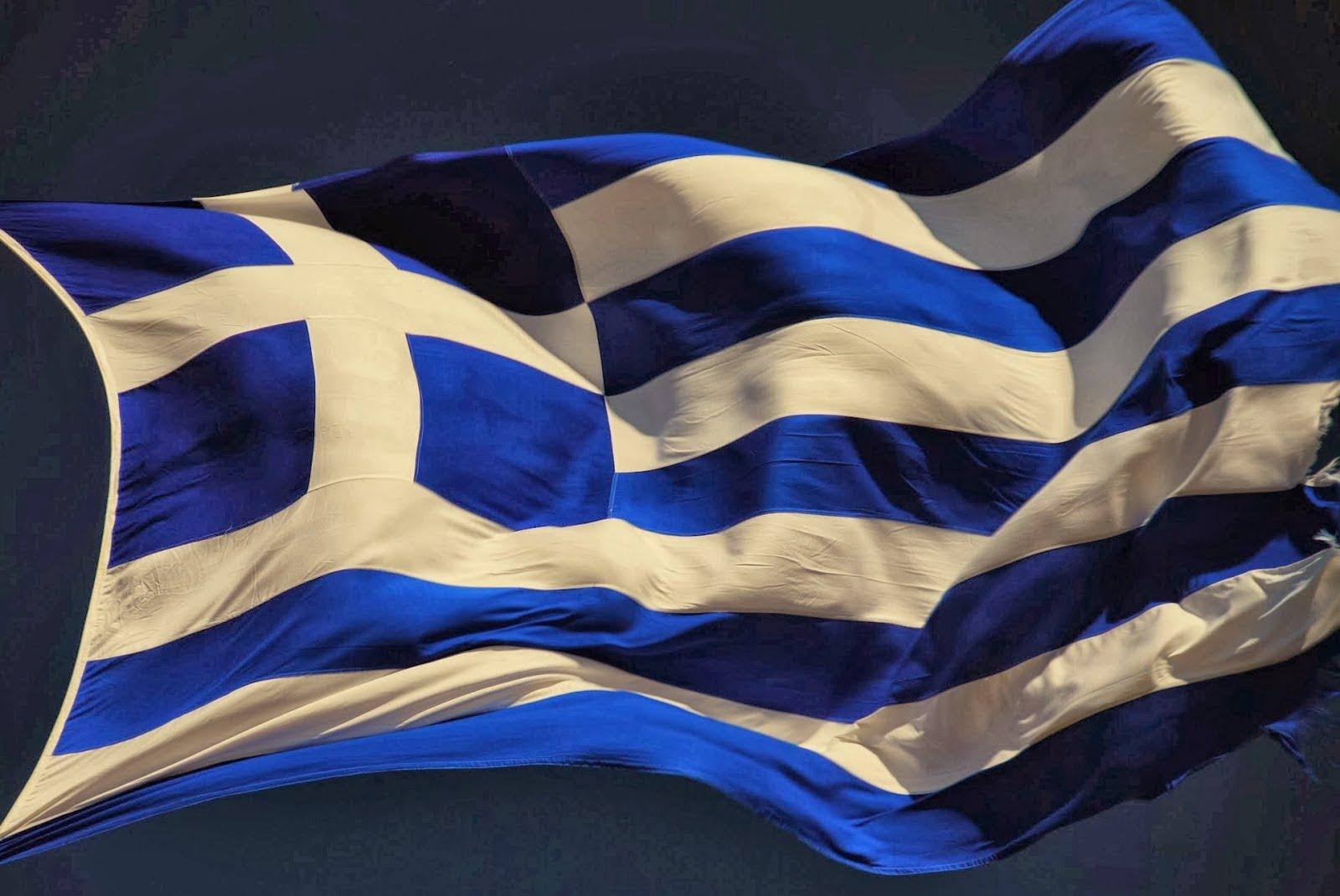 Βασίλης Πανουράκης: Μείνετε σπίτι, βγάλτε τις Ελληνικές Σημαίες στα μπαλκόνια σας
