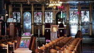 Οι εκκλησίες παραμένουν κλειστές - Προτροπή της Ιεράς Συνόδου για κατ' οίκον προσευχή - Διευκρινιστική εγκύκλιος
