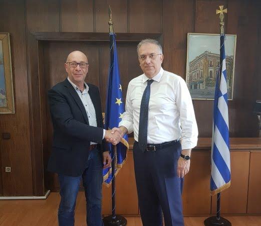 Το Υπουργείο Εσωτερικών θα συνδράμει τον Δήμο Ανατολικής Σάμου. Συνάντηση Γιώργου Στάντζου με τον Υπουργό Τάκη Θεοδωρικάκο