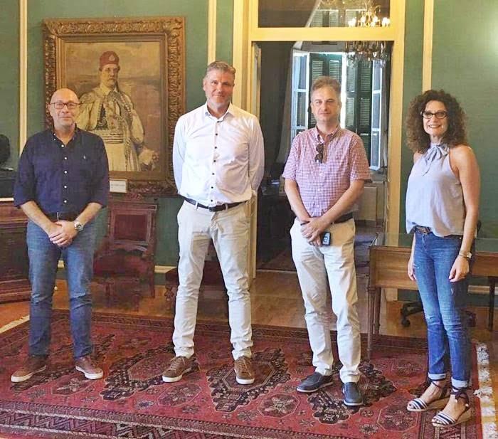 Συνάντηση Δημάρχου Ανατολικής Σάμου με CEO του Tour Operator APOLLO Leif Vase Larsen