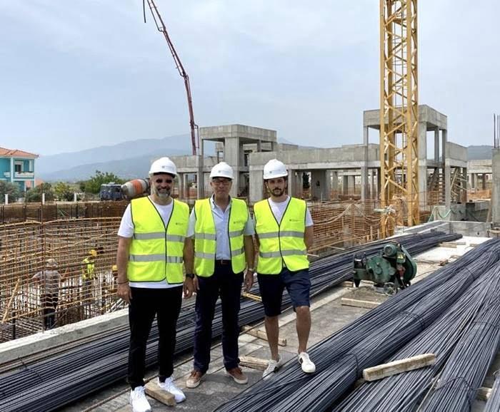 Επίσκεψη του Δημάρχου Ανατολικής Σάμου στο  εργοτάξιο του νέου 5* ξενοδοχείου στο Ποτοκάκι του Πυθαγορείου