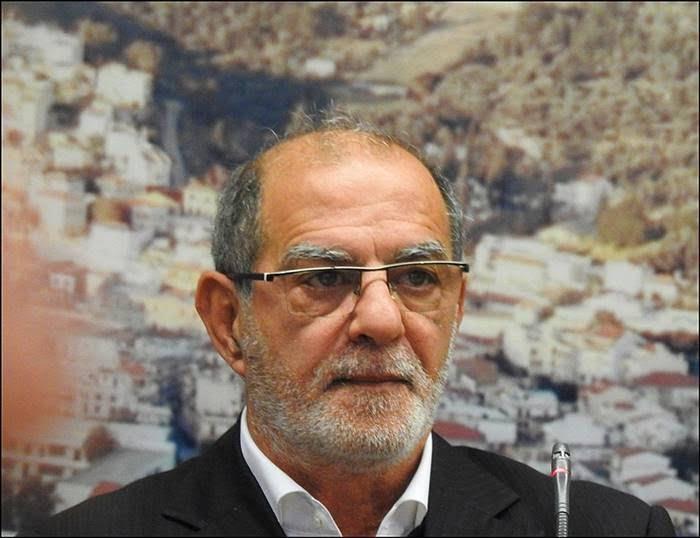 Γιώργος Κολλάρος: 3 (!!!) μάσκες έστειλε το αρμόδιο Υπουργείο για το προσωπικό του Δικαστηρίου Σάμου