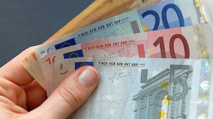 Σε τρεις φάσεις οι πληρωμές (ημερομηνίες) για το επίδομα των 800 ευρώ