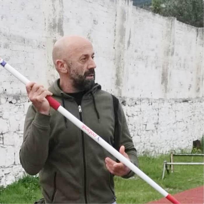 Γιάννης Χατζηνικολάου: Πρέπει να γίνει ένα στάδιο κατάλληλο για διοργάνωση αγώνων στίβου. Συγχαρητήρια στους αθλητές/τριες της Αναγέννησης
