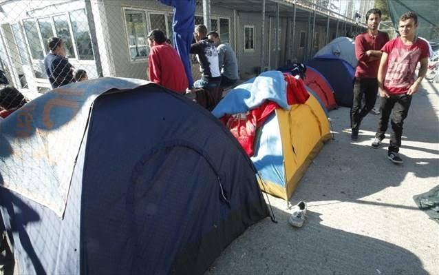 «Δωράκι» 50.000.000 ευρώ στους δήμους για να δέχονται τους μετανάστες