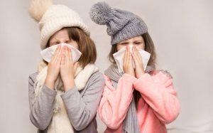 Οι οδηγίες προς τα σχολεία για τη γρίπη – Τα συμπτώματα, τα μέτρα και οι κανόνες υγιεινής