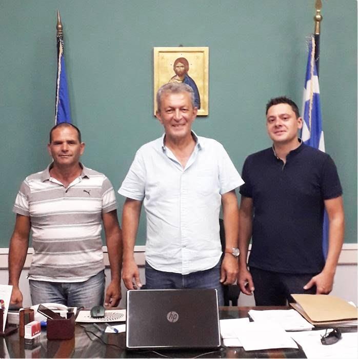 """Συνάντηση Δημάρχου Δυτικής Σάμου Αλέξανδρου Λυμπέρη με την """"Ανατροπή"""""""