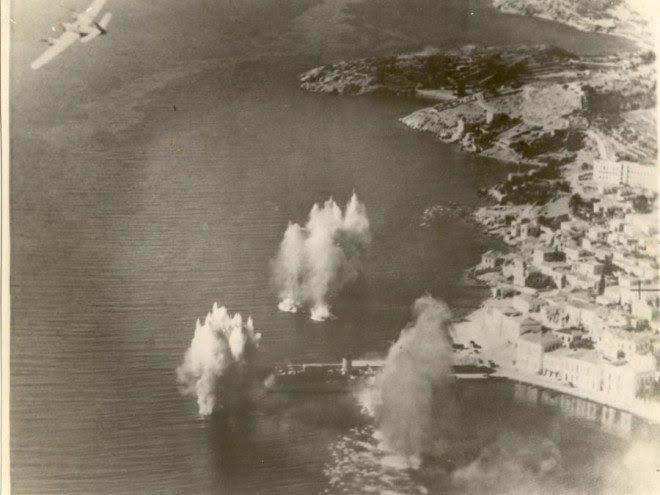 Εκδήλωση μνήμης για τα θύματα του βομβαρδισμού της 17ης Νοεμβρίου 1943 από τους  Γερμανούς