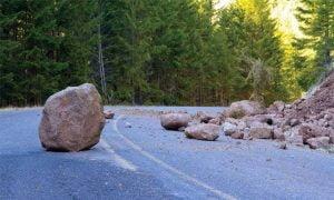 Προσοχή στο οδικό δίκτυο συνιστά η Περιφερειακή Ενότητα Σάμου