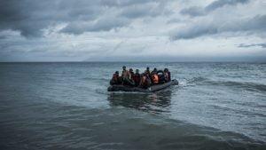 Η Ύπατη Αρμοστεία καλεί την Ελλάδα να ερευνήσει τις άτυπες αναγκαστικές επιστροφές στα θαλάσσια και χερσαία σύνορα με την Τουρκία