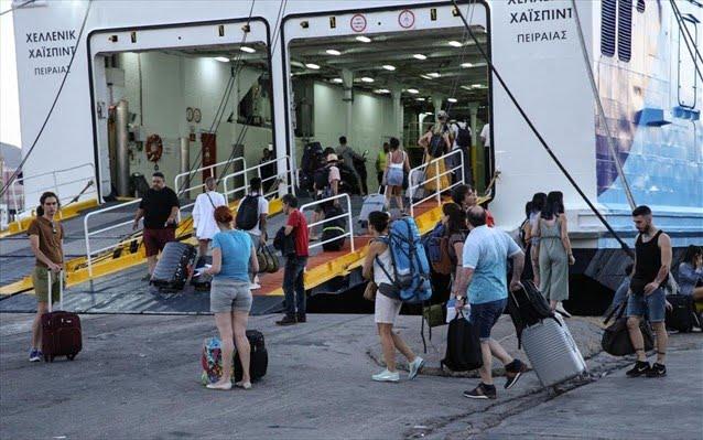 Από τη Δευτέρα 25 Μαϊου ελεύθερες οι μετακινήσεις προς τα νησιά
