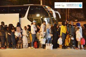 712 πρόσφυγες και μετανάστες μεταφέρθηκαν από τη Σάμο στην ενδοχώρα