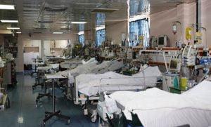 Ελληνική Εταιρεία Εντατικής Θεραπείας: 6 στις 10 κλίνες ΜΕΘ Covid κατειλημμένες στην Αττική