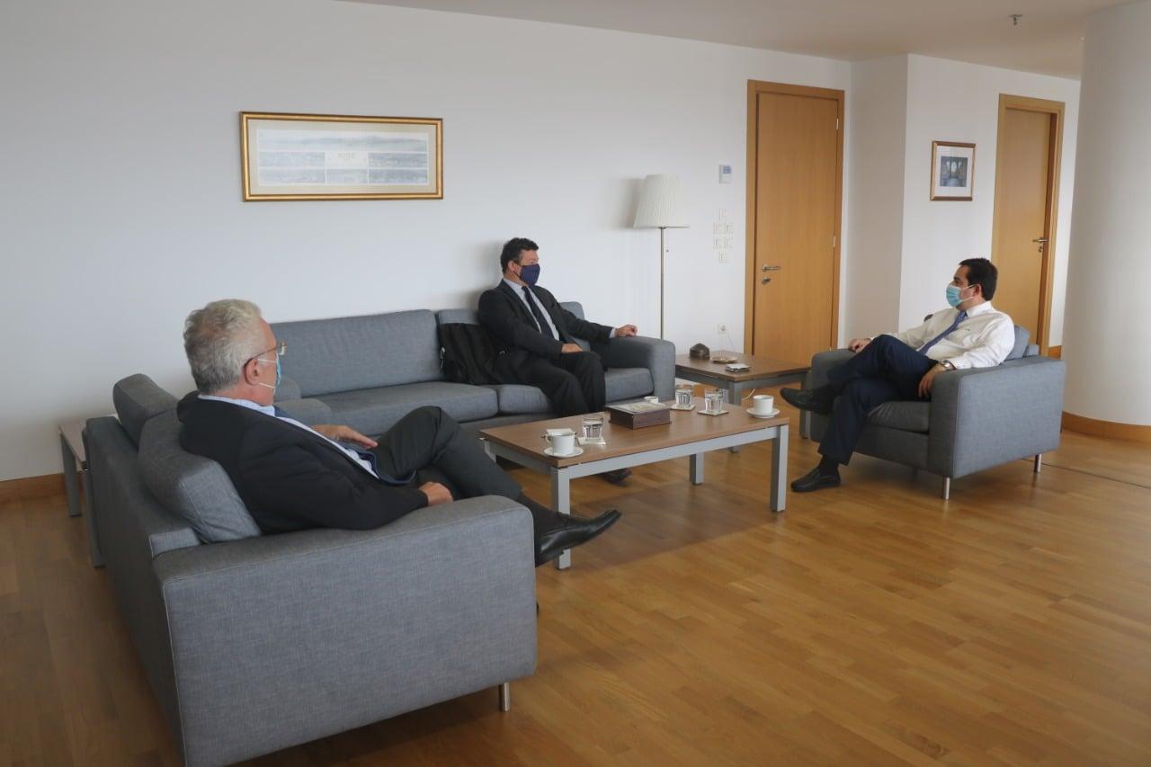 Συνάντηση Υπουργού Μετανάστευσης και Ασύλου με τον Αντιπρόσωπο της Ύπατης Αρμοστείας του ΟΗΕ για τους πρόσφυγες στην Ελλάδα