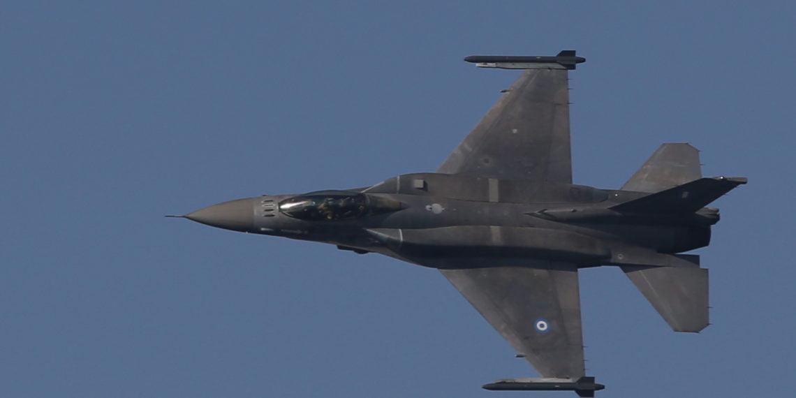 28η Οκτωβρίου: Πτήσεις πολεμικών αεροσκαφών στη Σάμο