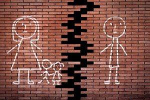 Η «υποχρεωτική» συνεπιμέλεια μετά το διαζύγιο